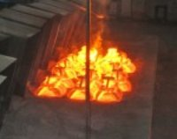 pouring cast steel irons